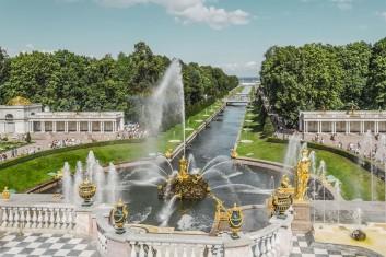 Петербургский экспресс. Праздник  Алые паруса