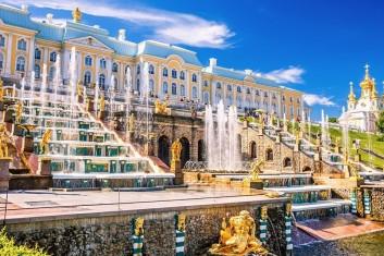 Праздничный тур в  Санкт-Петербург – на День рождения города